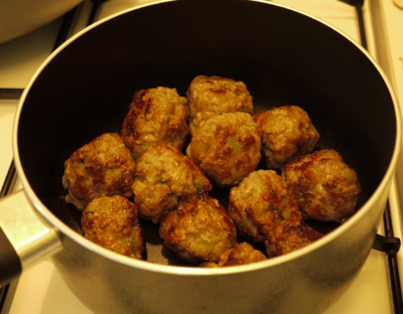 Meat Balls in Sauce Pan